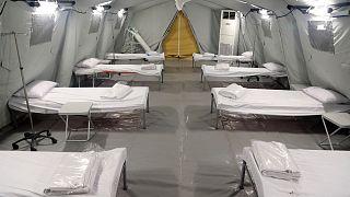 شاهد: السعودية تفتتح أكبر مستشفى ميداني في مكة لاستقبال المصابين بفيروس كورونا