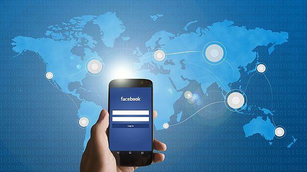 """""""فيسبوك"""" يعتذر عن استخدامه في أحداث عنف ضد مسلمين في سريلانكا"""