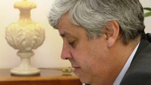 Resolvida crise no governo português