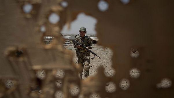 عکس آرشیوی از یک سرباز ارتش ملی افغانستان در گردیز