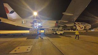 Κύπρος: Έφτασε με καθυστέρηση μετά από τερτίπια των Τούρκων αεροσκάφος με ιατρικό υλικό από Κίνα
