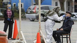 """La OMS advierte que el coronavirus """"puede no desaparecer nunca"""""""