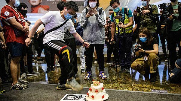 Centenares de detenidos en la reactivación de las protestas en Hong Kong