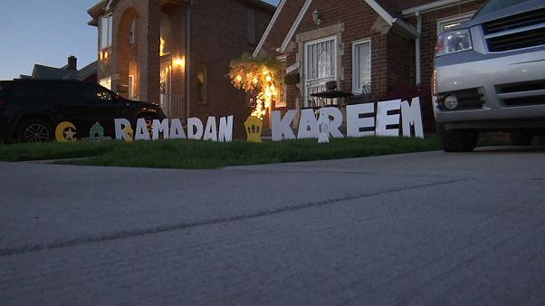 شاهد: مسلمو ديترويت الأميركية يحتفلون بمسابقة أضواء رمضان