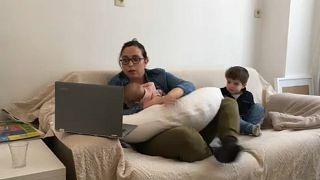 Nagy nyomás alatt vannak az otthonról dolgozó nők