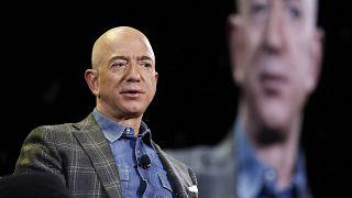 المدير التنفيذي ومالك شركة أمازون جيف بيزوس