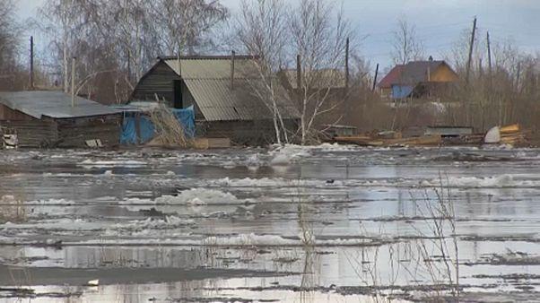 Szibéria: árvíz - több falu víz alá került
