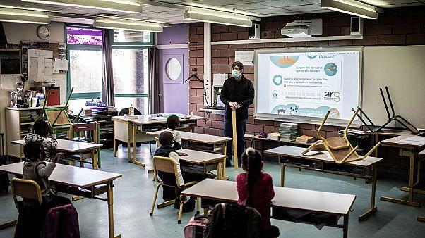 Une salle de classe de l'école Saint-Exupery à la Courneuve, à l'est de Paris, le 14 mai 2020.