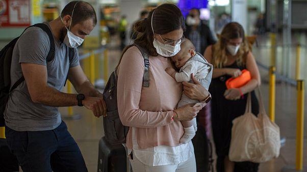 España amplía la prohibición de entrada desde fuera del espacio Schengen