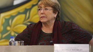 مفوضة الأمم المتحدة لحقوق الإنسان ميشال باشليه خلال زيارة لها إلى فنزويلا