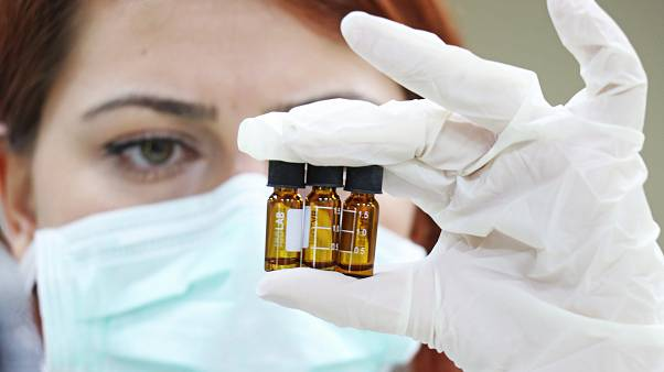 Dünyada, Covid-19 aşısı için çalışmalar aralıksız sürüyor