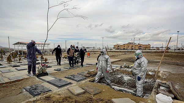 آمار رسمی قربانیان روزانه کرونا در ایران پس از ۷۰ روز به کمترین تعداد رسید
