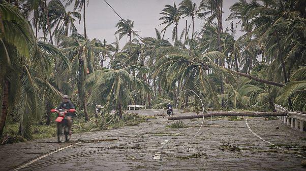 Φιλιππίνες: Εικόνες καταστροφής