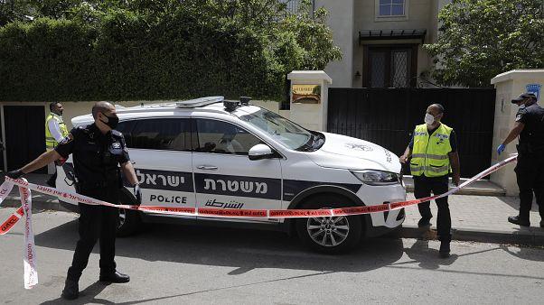 هل ترسل الصين فريقا إلى إسرائيل للتحقيق في وفاة سفيرها وإعادة جثمانه؟