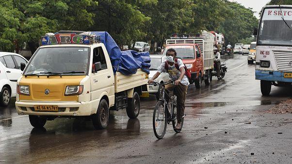 Inde : prolongement du confinement, paupérisation de la population