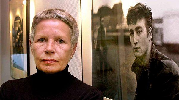 Πέθανε η Άστριντ Κίρχερ, η πρώτη φωτογράφος των Beatles