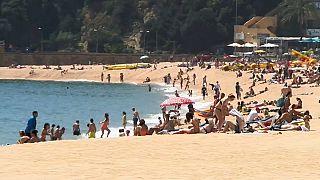 Europas Strandorte drängen auf Wiederöffnung
