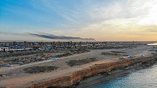 Com'è lavorare da casa a Tripoli senza acqua, elettricità, Internet e tra le bombe