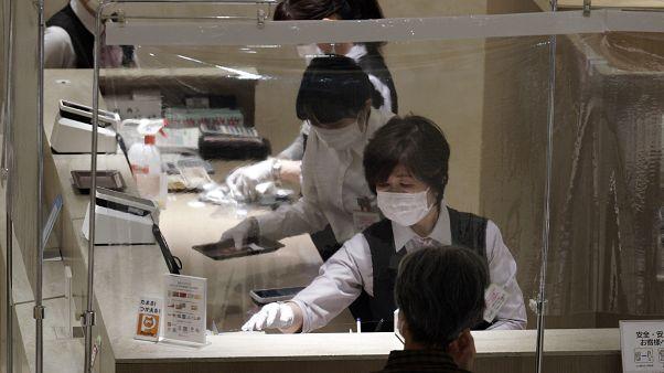 Япония вступила в рецессию