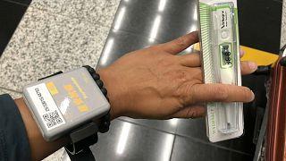 O longo processo até à quarentena para viajantes em Hong Kong