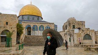 المسجد الأقصى يستقبل المصلين مجددا بعد عيد الفطر