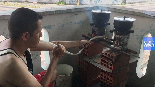Venezuela, famiglia sopravvive facendo tesoro delle tecniche boy scout