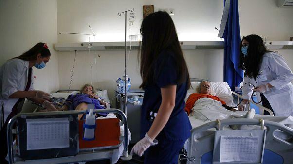 Ελλάδα: Δέκα κρούσματα του κορονοϊού - Κανένας θάνατος