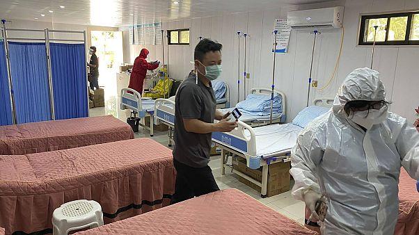 Filipinler polisi kaçak hastaneye salı günü baskın düzenledi