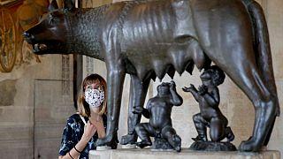Reabren los grandes museos europeos