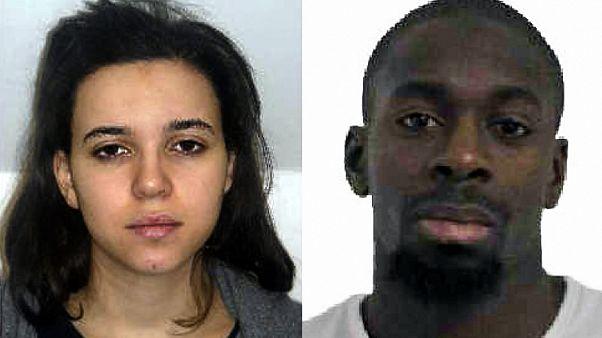 Une photographie diffusée par la police française le 9 janvier 2015 montre Hayat Boumedienne et son ex-compagnon, le terroriste Amédy Coulibaly