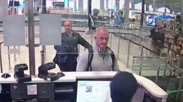 تصویر دوربین امنیتی فرودگاه استانبول از مایکل تیلور و همدست لبنانیالاصل وی
