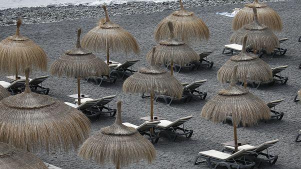 Playa desierta en La Caleta, Tenerife, Islas Canarias// ARCHIVO