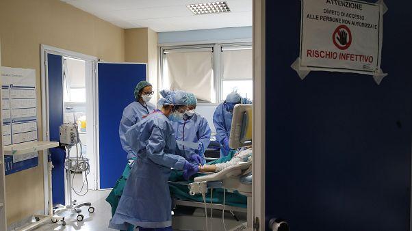 Больница в Милане.