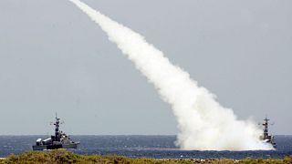 نفتکشهای ایرانی زیر «سپر بولیواری»؛ ونزوئلا آزمایش موشکی کرد