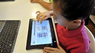 ABD'de sanal ortamda çocuk bakıcılığına ilgi artıyor
