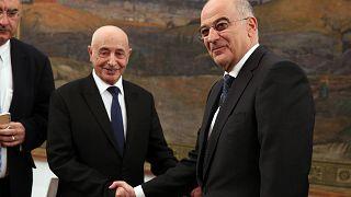 Ο υπουργός Εξωτερικών της Ελλάδας Νίκος Δένδιας με τον πρόεδρο της Βουλής Λιβύης Aguila Saleh Eissa