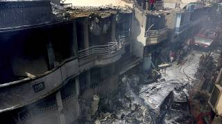 Zerstörte Wohngebäude in Karatschi