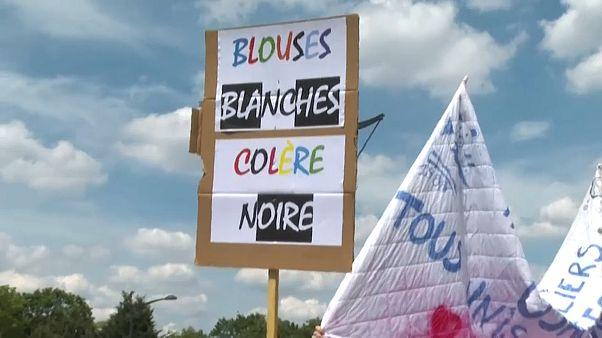تطاهرات کارکنان بخش بهداشت و درمان در فرانسه