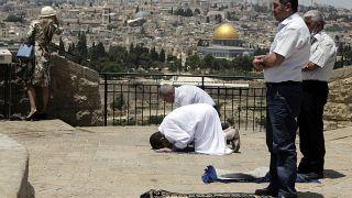 مصلون فلسطينيون في القدس الشرقية