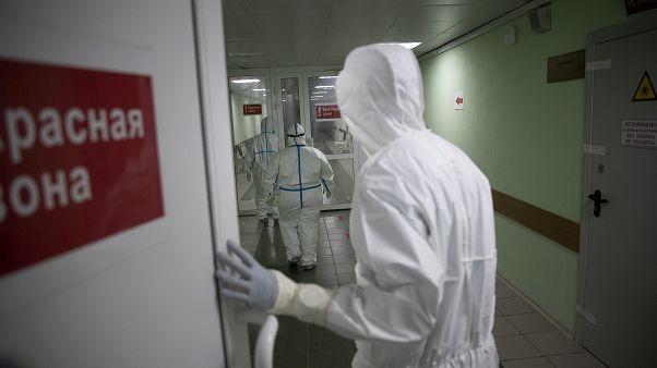Pandemia espalha-se pela Rússia