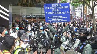 جنجال بر سر کتک خوردن یک وکیل در جریان اعتراضات هنگ کنگ
