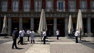 الاستعدادات لفتح المطاعم في إسبانيا