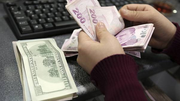 Türk lirası Amerikan doları karşısında son dönemde değer kaybetti
