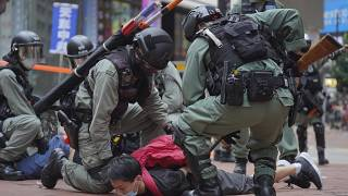 بازداشت معترض هنگ کنگی