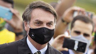 الرئيس البرازيلي جائير بولسونارو يعلن إصابته بفيروس كورونا