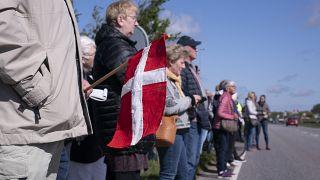 Η Δανία ανοίγει τα σύνορα