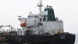 ناقلة النفط الإيرانية فورتشن راسية في إل باليتو على الساحل الشمالي الغربي لفنزويلا