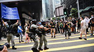 Hong Kong'da Pekin karşıtı protestolara polis müdahalesi