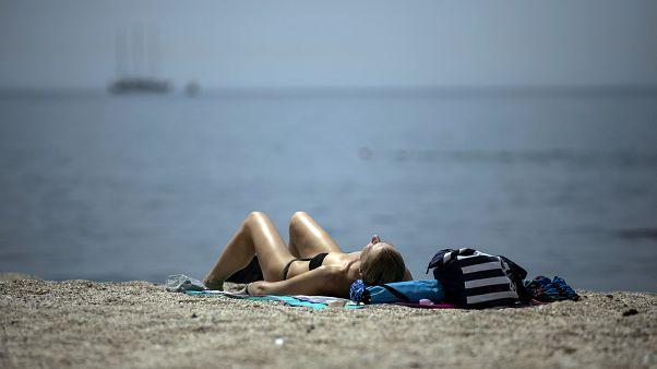 Как в Греции спасают туристическую отрасль
