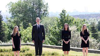 Covid-19 : l'Espagne se tait pour ses victimes